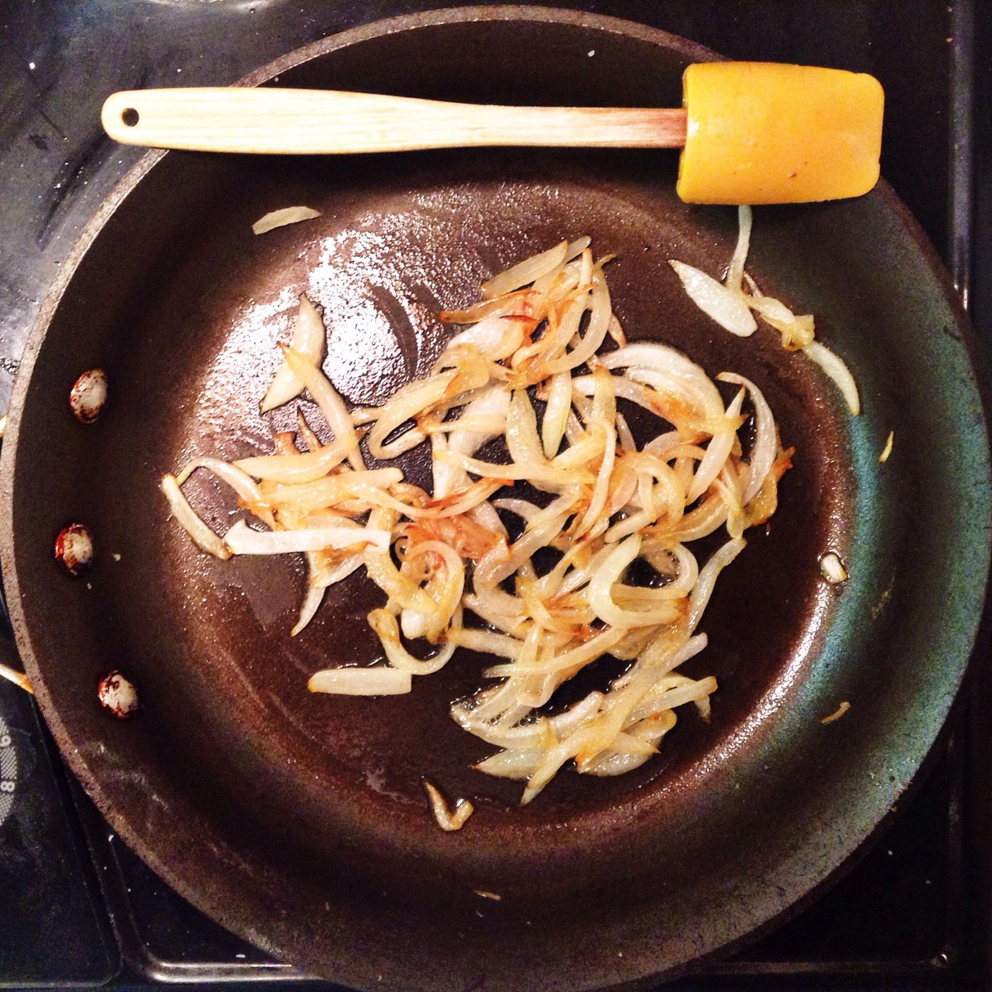 caramelizing onion slices