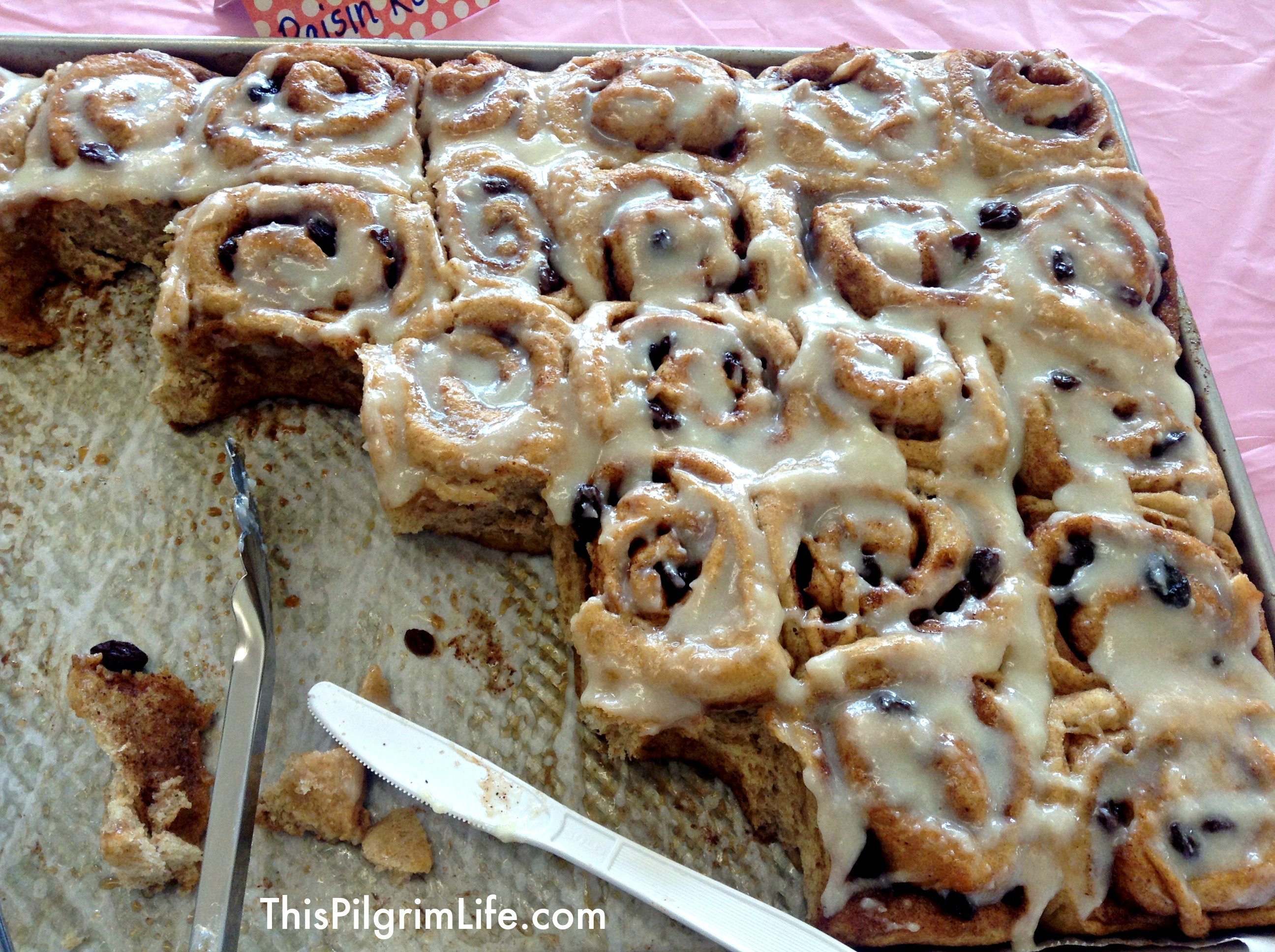 (Make-Ahead) Cinnamon Rolls for a Crowd