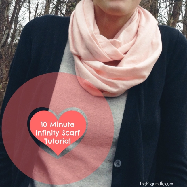 10 Minute Infinity Scarf Tutorial2