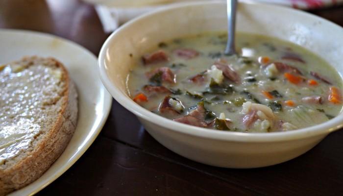 Instant Pot Sausage and Kale Soup