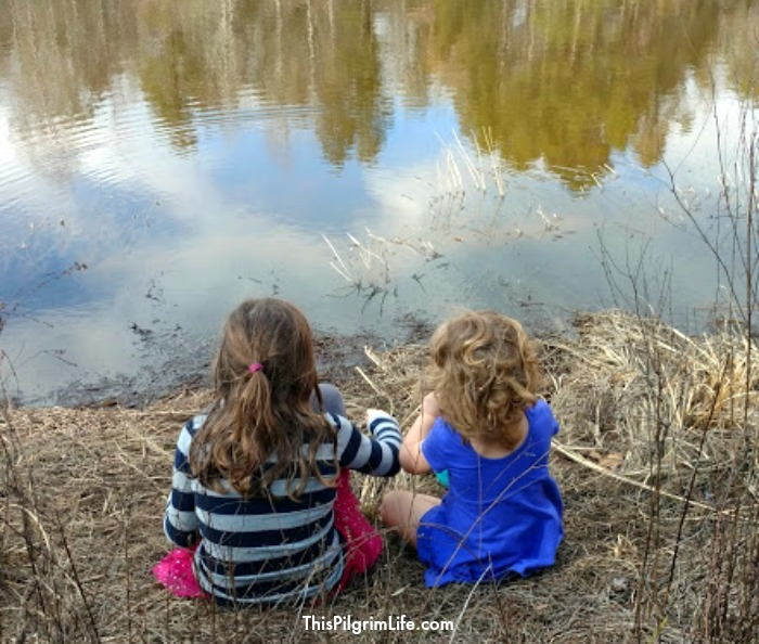 7 Easy Ways to Cultivate Wonder in Your Kids (And Yourself Too!)