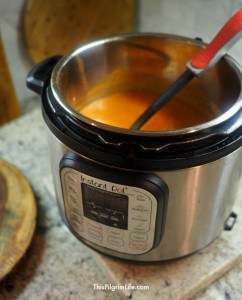 It is SOOO easy to make this homestyle, creamy tomato soup in the Instant Pot! The recipe calls for common pantry ingredients and can be ready in less than thirty minutes.