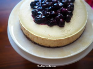 Instant Pot Cheesecake Makeover :: Gluten-Free, Naturally Sweetened, & Less Fat