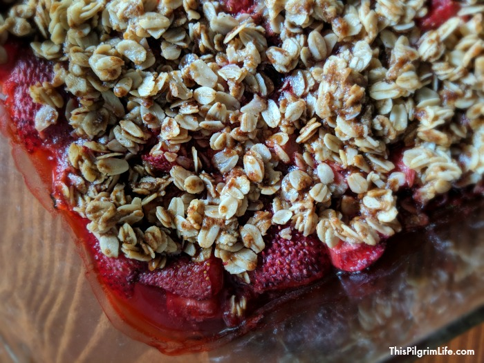 A recipe for an easy strawberry crisp, made with natural sweeteners and gluten-free ingredients. Perfect with homemade yogurt, fresh whipped cream, or a small bowl of ice cream!